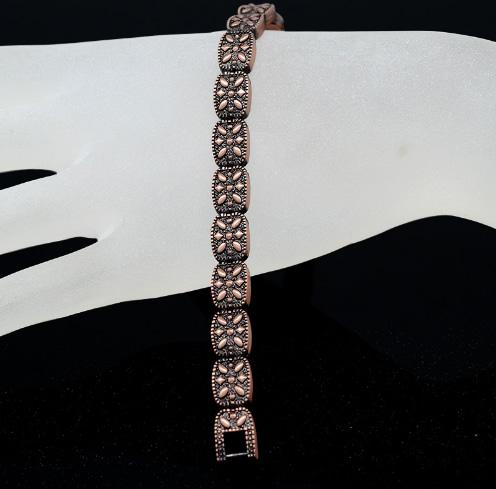Титаниева магнитна гривна, Дамска, модел 2018